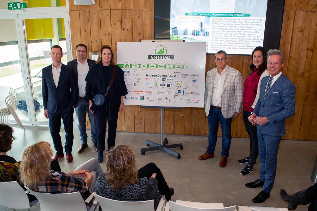 NMF's ondertekenen Green Deal Groene Daken