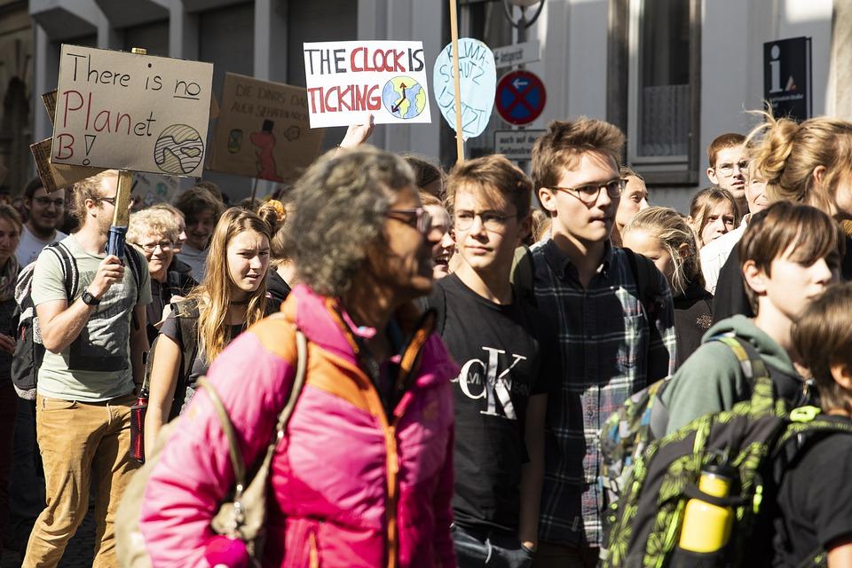Klimaatstaking in Tiental Nederlandse steden